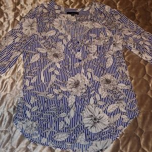 Blue striped top with white flowers - Size XL